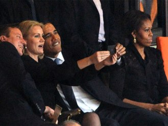 obama-thorning-selfie-121213-g